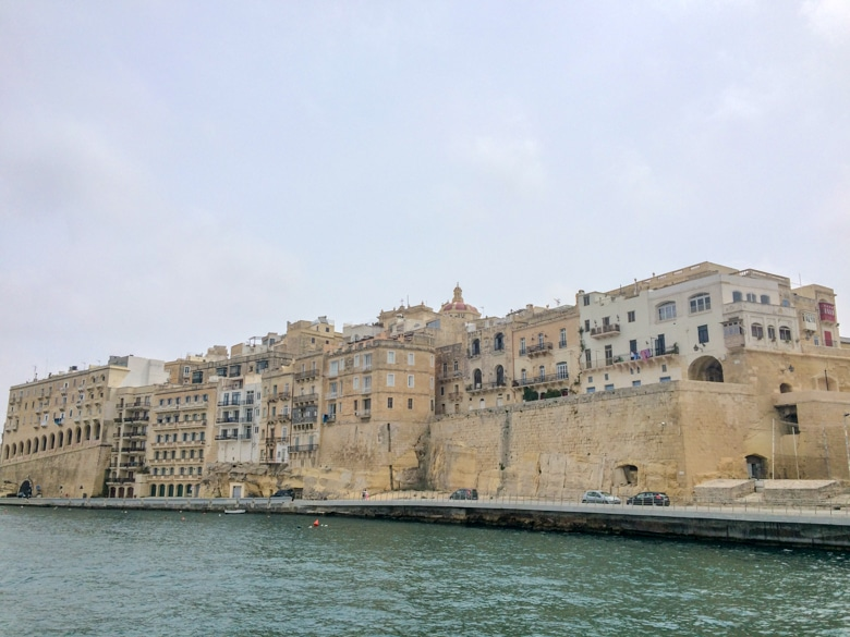 buildings in the three cities malta