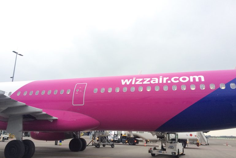 wizz air place on the ground penguin and pia review