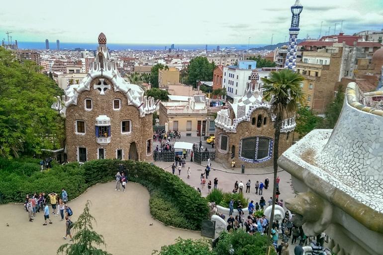 Bunte Gebäude von Gaudi Park Güell Barcelona Spanien