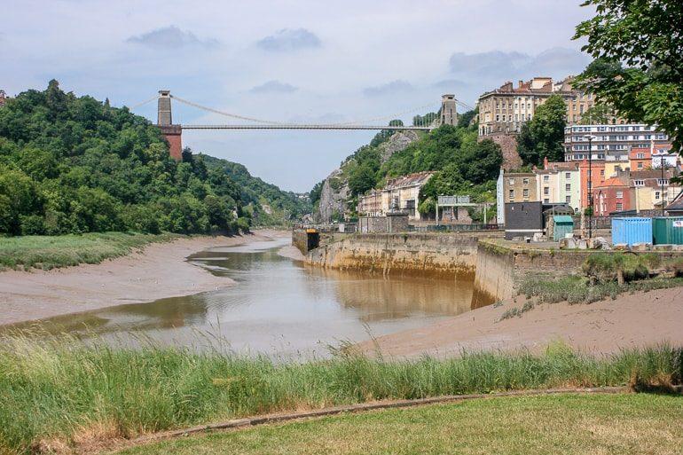 Große Brücke über Wasser in Bristol Großbritannien
