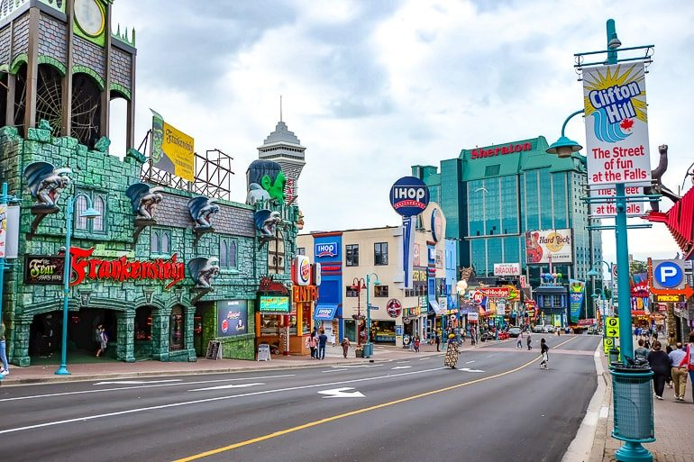 busy street with restaurants and attractions clifton hill things to do in niagara falls canada