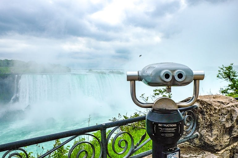 viewfinder in sidewalk beside niagara falls in canada