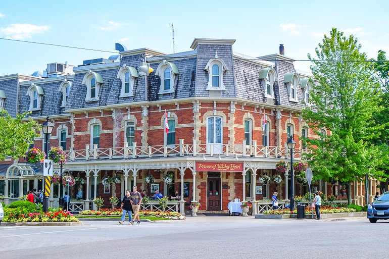 colourful old hotel on street corner prince of wales hotel niagara on the lake