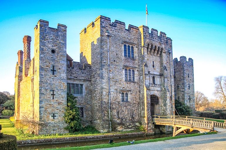 small stone castle with bridge hever castle
